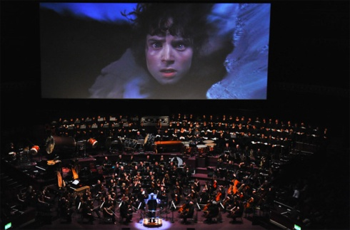 Howard Shore conducting the LOTR Symphony